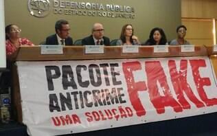 """""""Pacote de Moro é licença para matar favelado"""", diz mãe de jovem assassinado"""