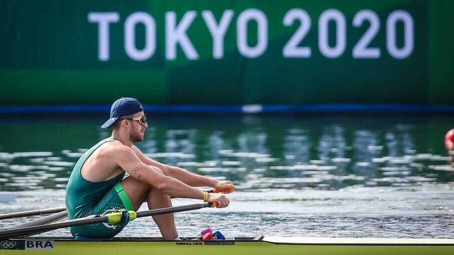 Lucas Verthein não se classifica para a final do remo single skiff