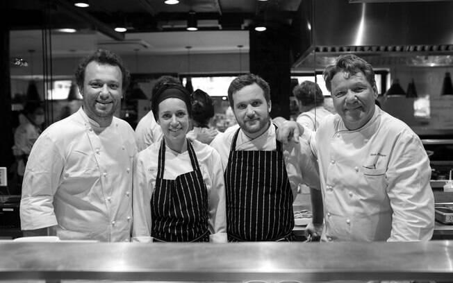 A equipe é composta por Claude Troisgros, o filho Thomas, Carol Albuquerque e Julien Mercier