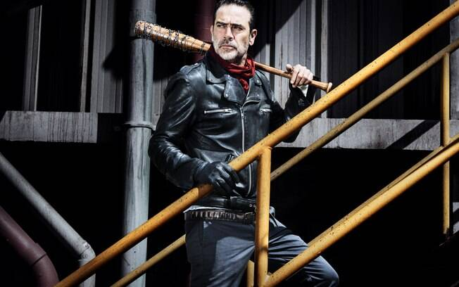 Jeffrey Dean Morgan, vive o vilão Negan na série