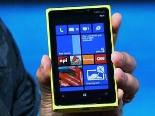 Lumia 920 é um dos primeiros aparelhos com Windows Phone 8