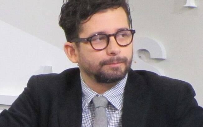 O escritor João Paulo Cuenca virou réu após fazer postagem contra a Igreja Universal