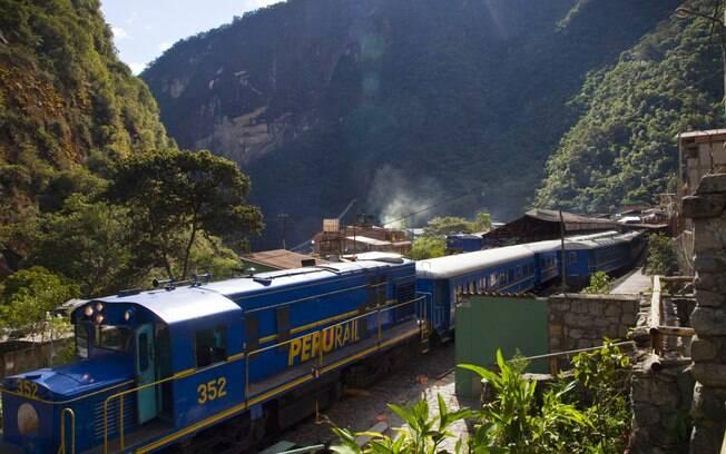 Trajeto até Machu Picchu pode ser feito no trem, com paisagens incríveis