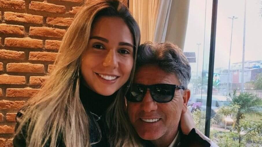 Carol Portaluppi perde 100 mil seguidores após 'não' de Renato Gaúcho para o Corinthians