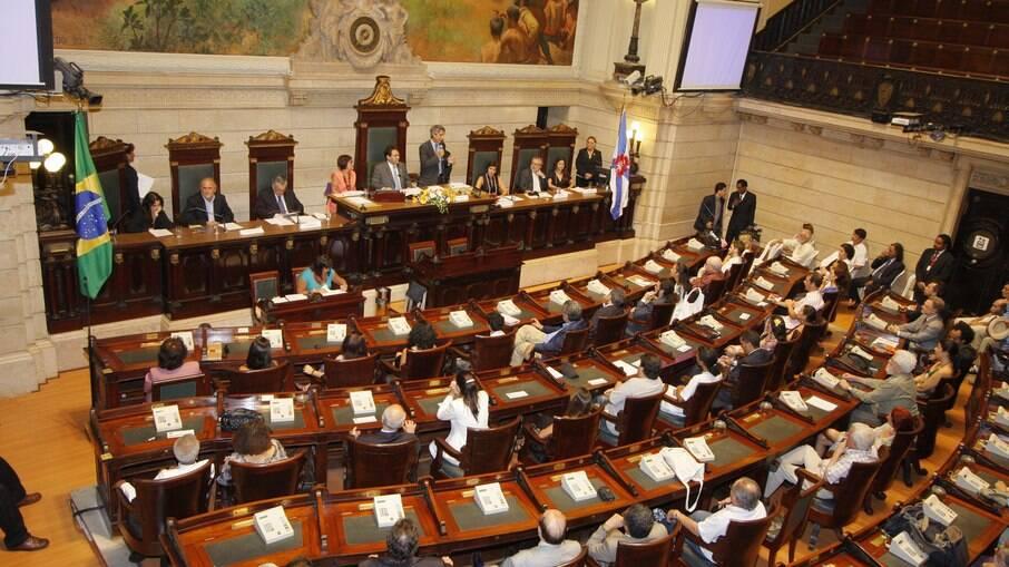 Câmara do Rio aprovou projeto de lei sobre contratação de empresas