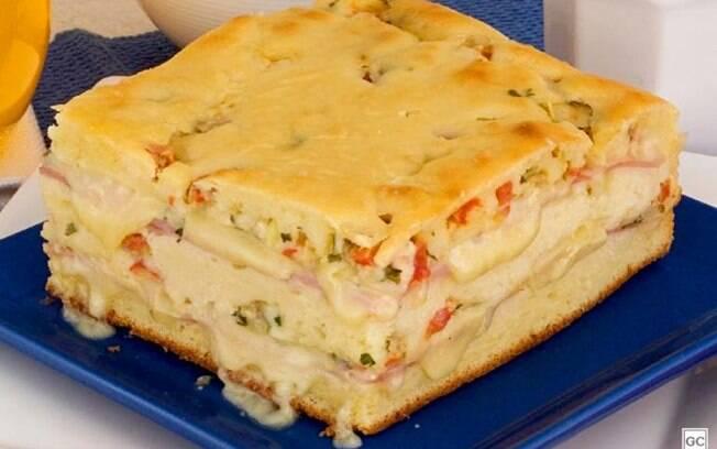 Torta de presunto e queijo fácil para o café da tarde