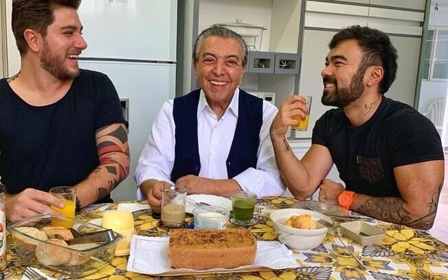 Maurício de Sousa com o filho e o genro