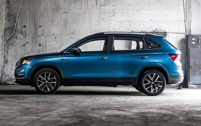 Visto de lado, o Skoda Kamiq é praticamente igual do VW T-Cross, futuro rival de Honda HR-V e companhia