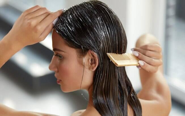 Na hora de montar o cronograma capilar, é importante saber qual a maior necessidade dos seus cabelos no momento