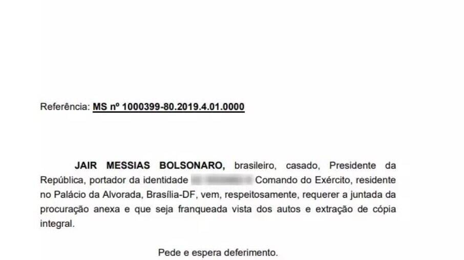 Procuração foi assinada por Bolsonaro no dia 6 de maio