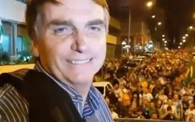 Jair Bolsonaro durante comício no Paraná