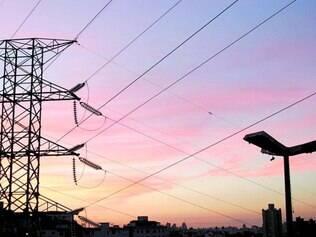 Sem benefício. Preço da energia elétrica está aumentando por causa da estiagem e dos custos das distribuidoras, que estão sendo repassados para o consumidor