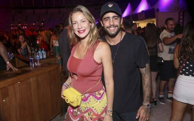 Luana Piovani e o ex-marido Pedro Scooby