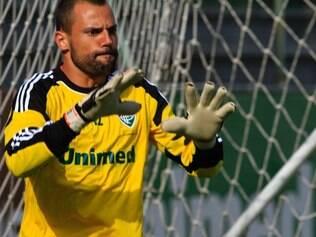 Diego Cavalieri quer agarrar uma das vagas restantes para o gol do Brasil, já que Júlio César está garantido