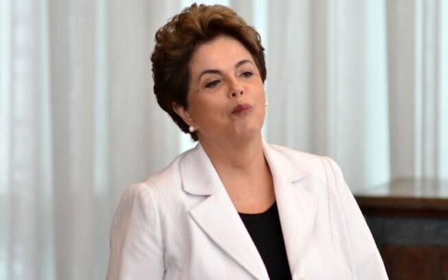 Advogado da presidente cassada Dilma Rousseff entrou com uma petição para que os dois sejam ouvidos pelo ministro