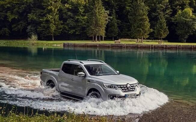Renault Alaskan é, basicamente, uma Nissan Frontier com mudanças na carroceria. Por isso, ainda é dúvida no Brasil