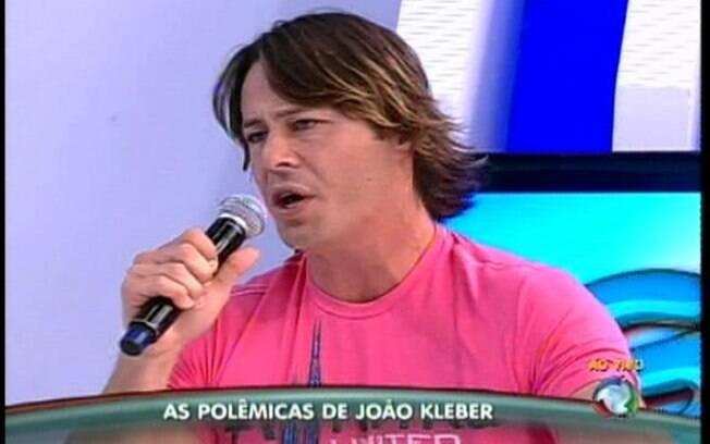 Théo Becker se irrita com João Kleber