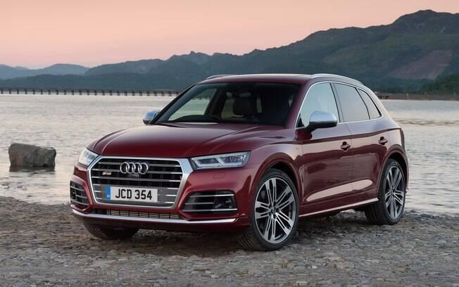 Audi SQ5: SUV é capaz de acelerar de 0 a 100 km/h em apenas 5,4 segundos e atingir 250 km/h, diz a fabricante