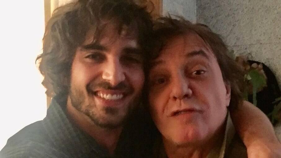 Fábio Jr pede para se apresentar na festa de Fiuk