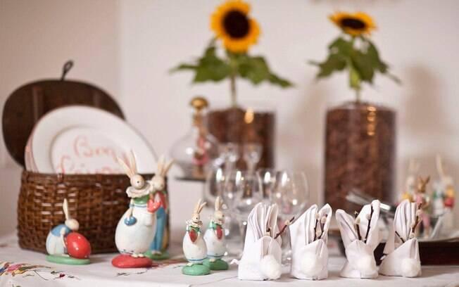 decoracao de sala humilde : decoracao de sala humilde:nos arranjos de mesa e nos objetos decorativos de Páscoa para