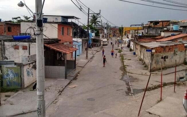 Localidade em Cidade de Deus recebeu doações