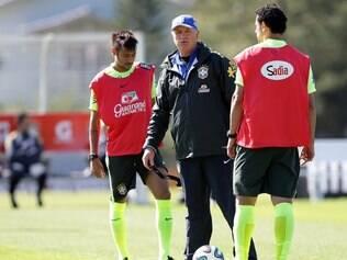 Seleção brasileira realizou seu último treinamento antes da viagem para o amistoso com a Sérvia