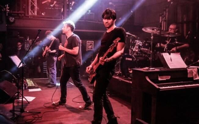 O Blur tocou seu novo álbum para 300 fãs em um show intimista em Londres