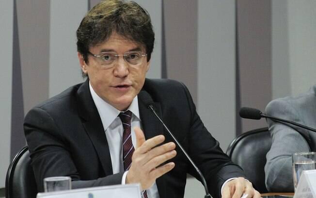 O governador do Rio Grande do Norte, Robinson Faria (PSD), é alvo de uma operação deflagrada nesta terça pela PF