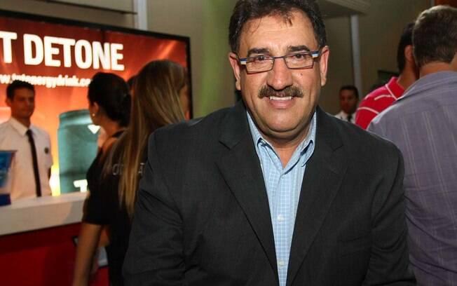 Ratinho recebe R$ 2 milhões aproximadamente da parceria com o SBT