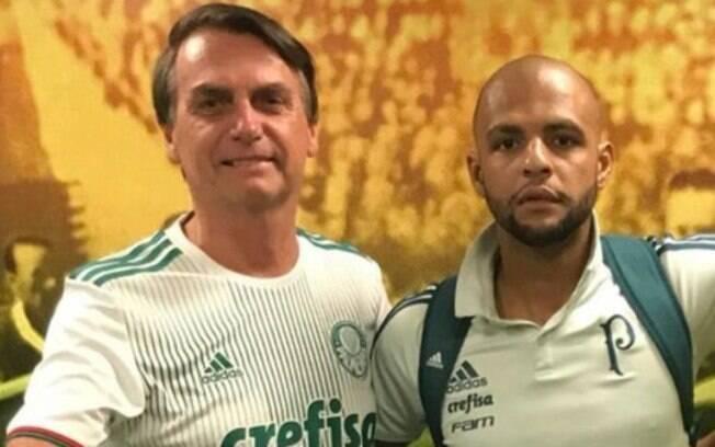 Jair Bolsonaro já se declarou como torcedor do Palmeiras, finalista da Libertadores