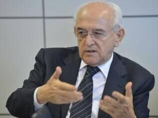 O ministro do Trabalho, Manoel Dias, diz que há um clima de incertezas econômicas, mas que também há um exagero quanto à gravidade dos problemas do país