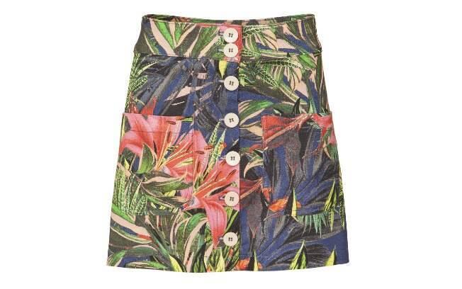 Com estampa floral, a saia é Alexandre Herchcovitch (R$ 182,40)
