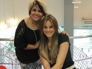 Bruna Marquezine e sua cabeleireira