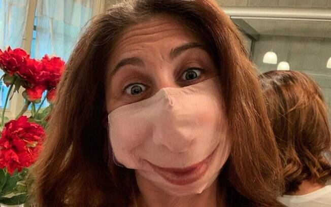 Máscara com estampa do próprio rosto fazem sucesso