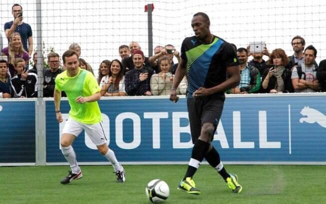 Usain Bolt pode se tornar jogador profissional de futebol