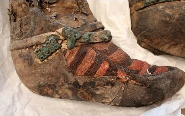 """Quando a múmia foi vista pela primeira vez, seu """"tênis"""" foi comparado ao design da Adidas"""
