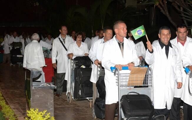 Primeiros médicos cubanos chegaram ao Brasil em 2013