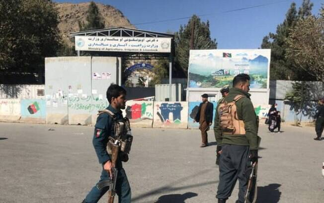 Forças de segurança chegam à Universidade de Cabul