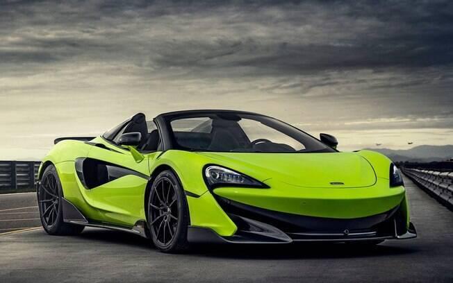 McLaren 600 LT Spider tem 600 cv e pode acelerar de 0 a 100 km/h em apenas 2,9 segundos, diz a fabricante