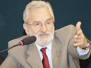 Oposição diz que propostas ferem Constituição e laicidade do Estado