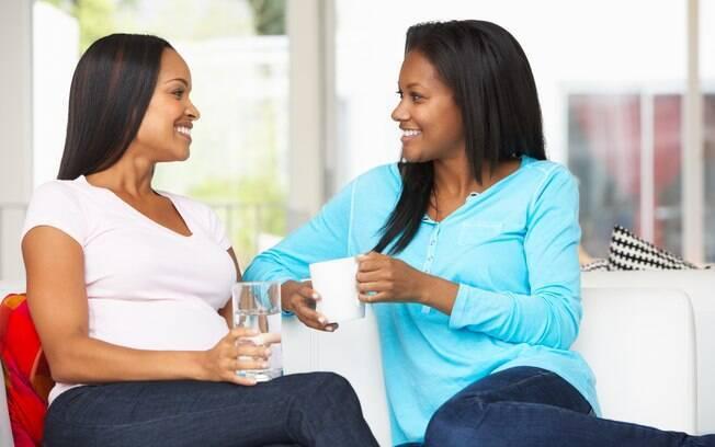 Ser mãe é um processo de aprendizado e trocar experiências sobre a maternidade com outras mulheres é importante