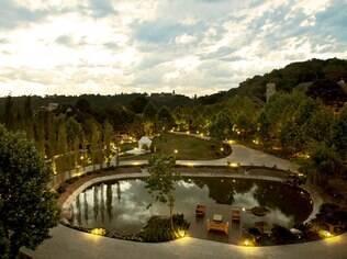 O Saint Andrews, em Gramado, é o único hotel seis estrelas do Brasil