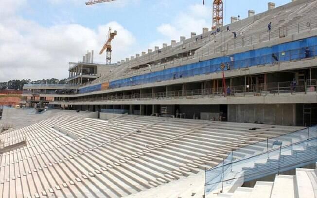 Vista parcial das arquibancadas do estádio de  Itaquera. Capacidade total durante a Copa de 2014  será de 65 mil lugares