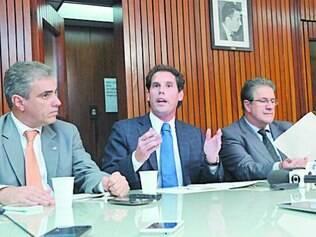A bancada de oposição não descarta interpelação de Pimentel