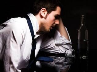 Licenças trabalhistas para tratar alcoolismo e outras drogas crescem 69% em cinco anos