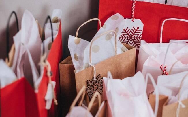 Não sabe o que dar de Natal? Selecionamos 25 presentes de até R$300 para te inspirar