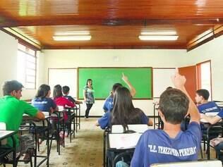 Times.  É o quadro-escola que define número de professores e funcionários que trabalharão em cada instituição de ensino estadual