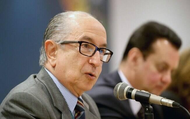 Questionado sobre o reajuste no IOF anunciado por Bolsonaro, Cintra disse que o presidente deve ter se