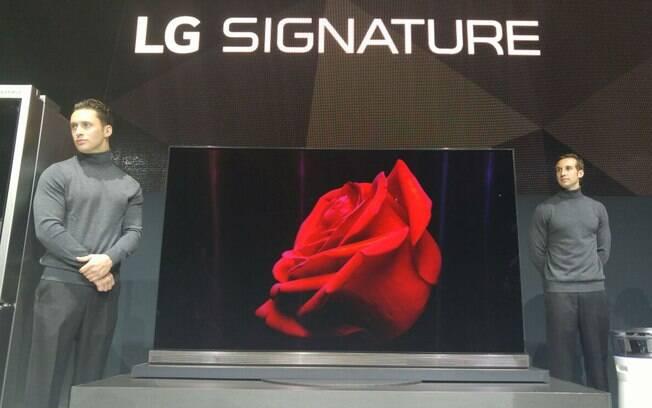 LG lançou linha de TVs OLED com resolução 4K; a tela da G6 é presa em um vidro e tem 2,57 mm