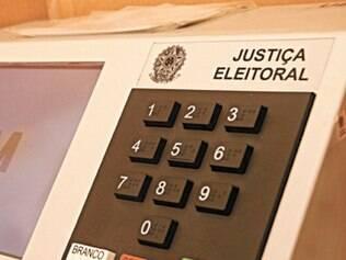Dados do TSE aponto que número de eleitores brasileiros no exterior cresce 68,2%